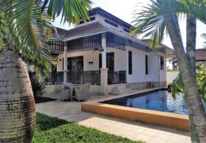Exterior view of Villa Busaba B1 with pool in Manora village, Hua Hin, Thailand