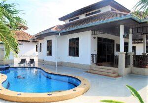 Exterior view of Villa Busaba B16 with pool in Manora village, Hua Hin, Thailand