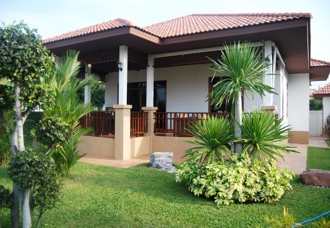 Front yard exterior of Villa Selina in Manora Villages III in Hau Hin, Thailand